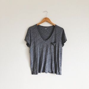 Madewell V-Neck pocket tee